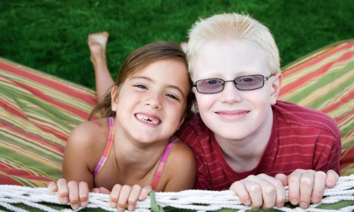 ดวงตาจะสั้นหรือยาวผิดปกติ จำเป็นต้องใส่แว่นกรองแสงเพื่อปกป้องดวงตา